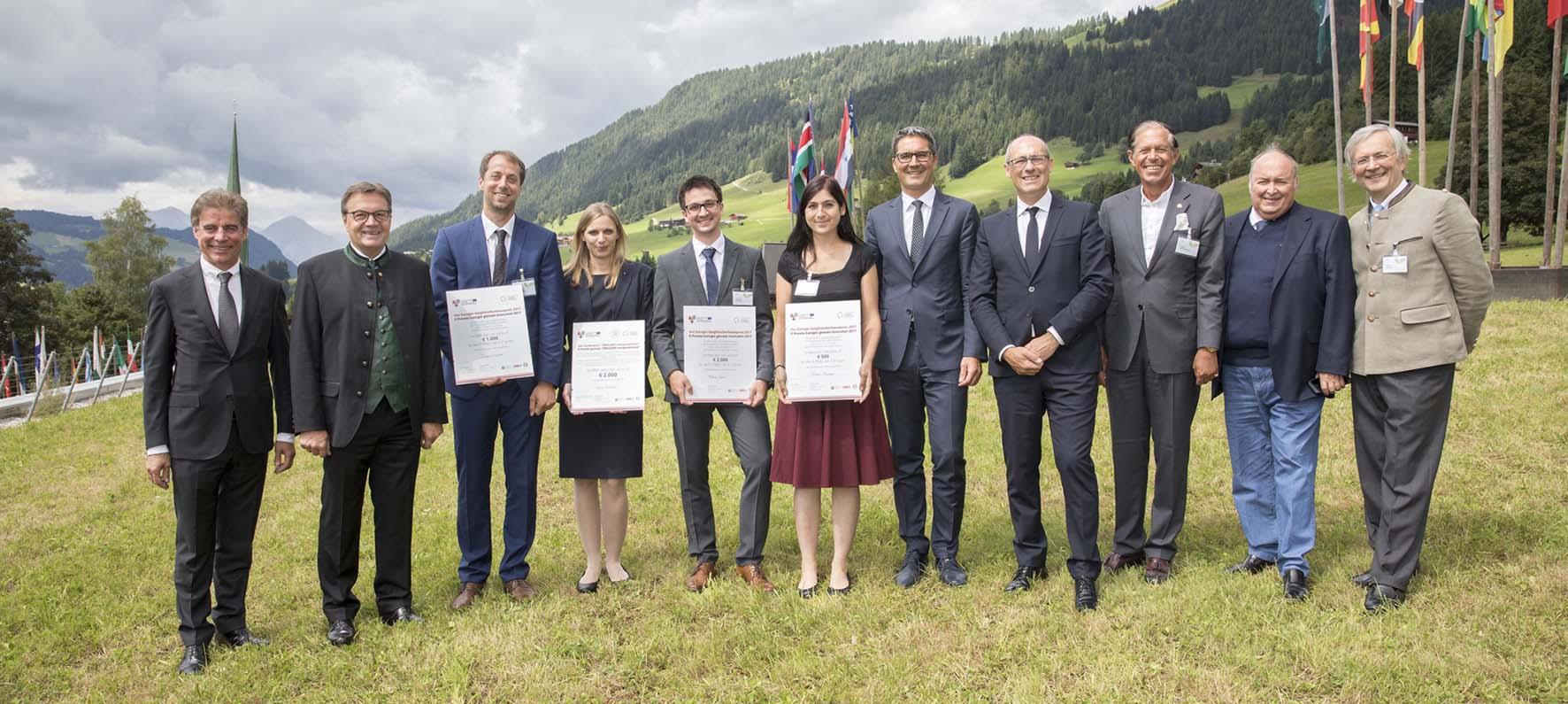premiazione dei giovani ricercatori euregio 2017 Bergmeister Platter Lechner Schallhart Rauter Plangger Kompatscher Rossi Bodenseer Bort e Ebner