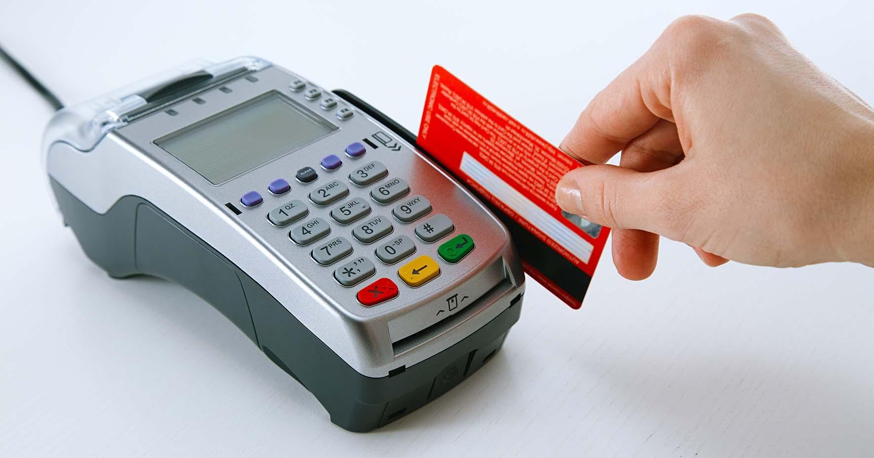 terminale pos carta di credito bancomat pagamento elettronico