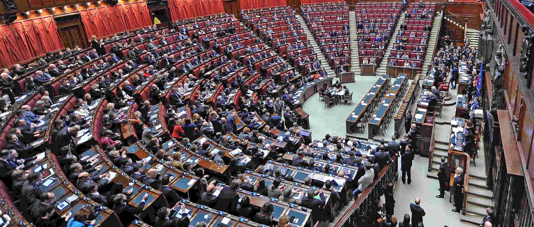 finanziaria 2020 aula parlamento camera primo giorno legislatura