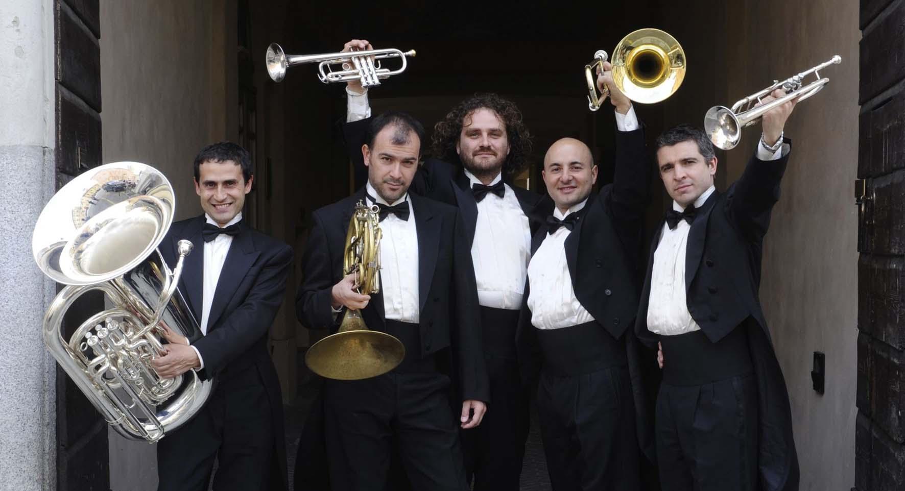 11.Gomalan Brass