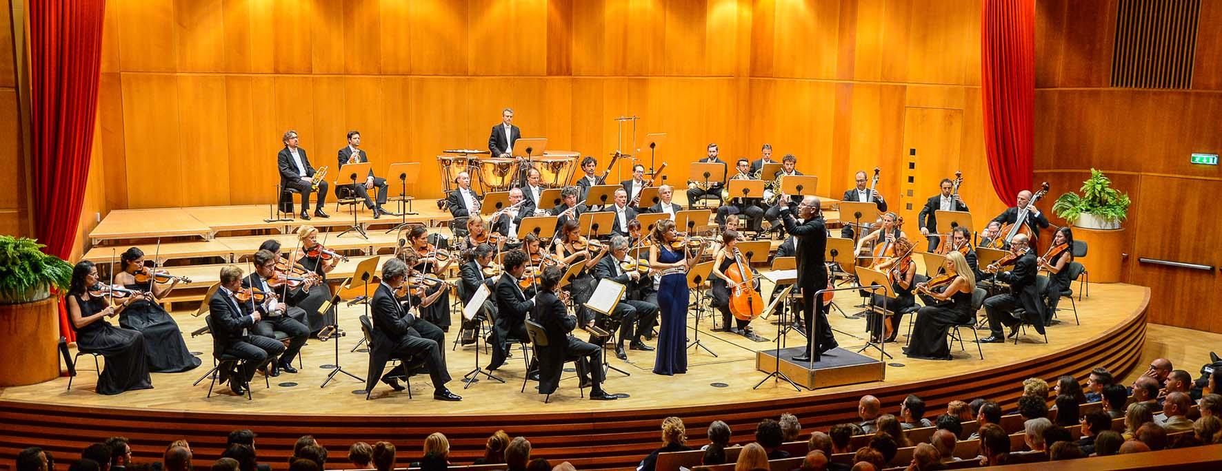 OrchestraHaydnOrchester direttore Arvo Volmer 2
