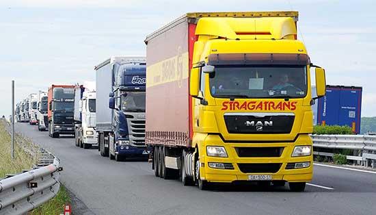autovie venete A4 incolonnamenti camion tir