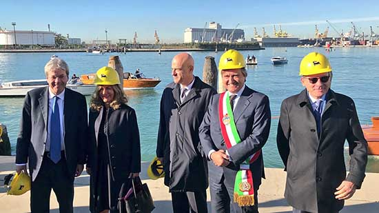 bioraffineria Eni Marhgera Venezia visita gentiloni brugnaro descalzi