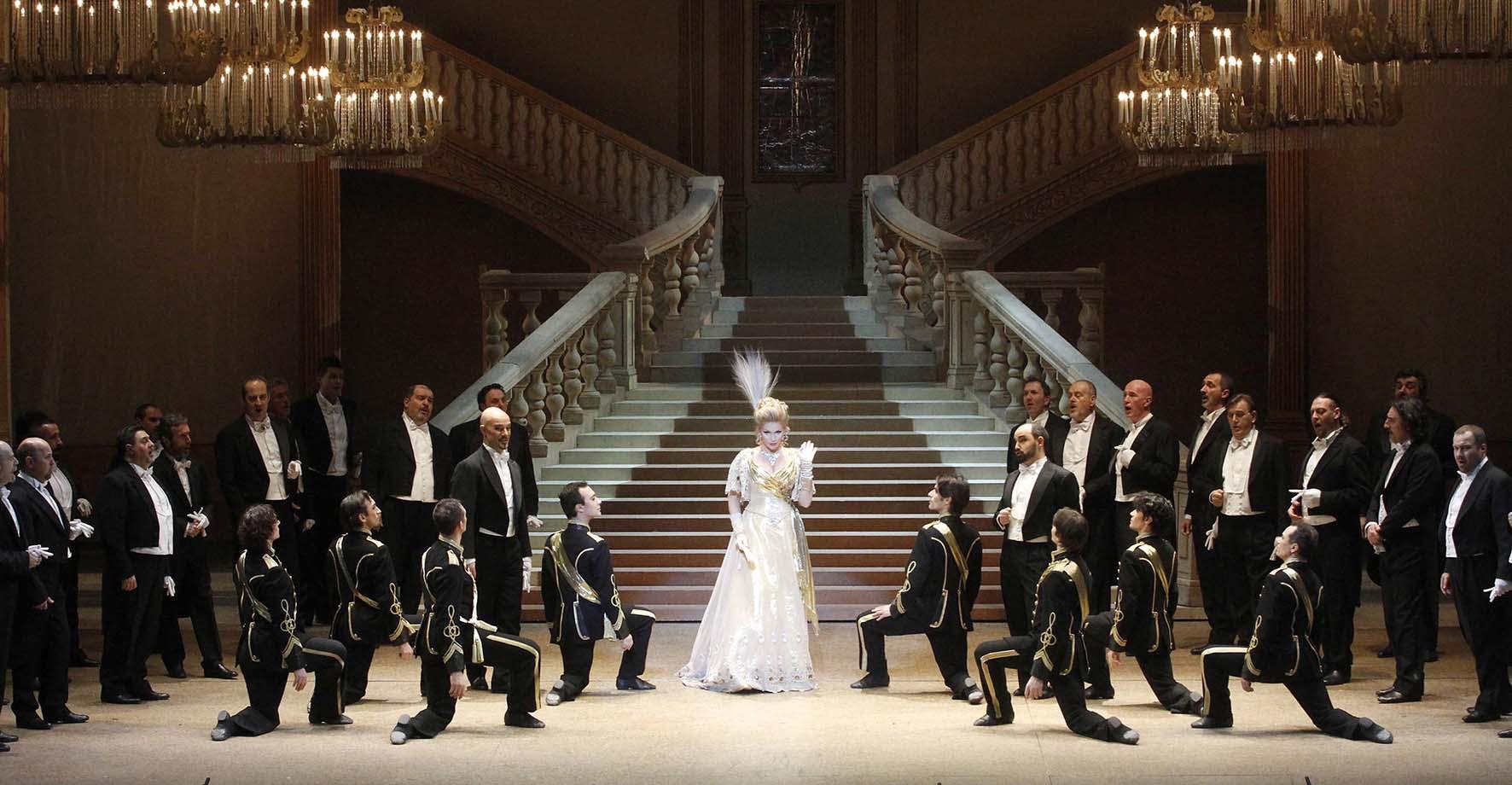 teatro Filarmonico stagione 2017 18 2014 La Vedova Allegra foto Ennevi 6433