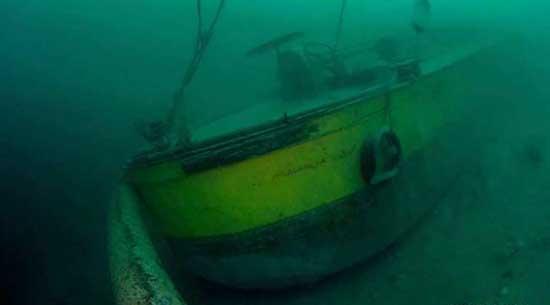 chiatta affondata gardone lago garda