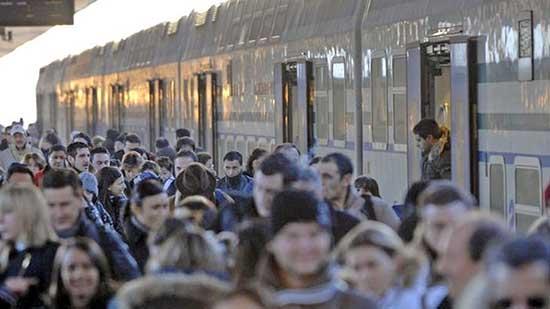 trasporto pendolari treno ferrovia