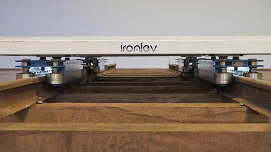 ironlev modellino lievitazione magnetica ferrovia