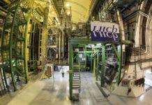 esperimento LHCb