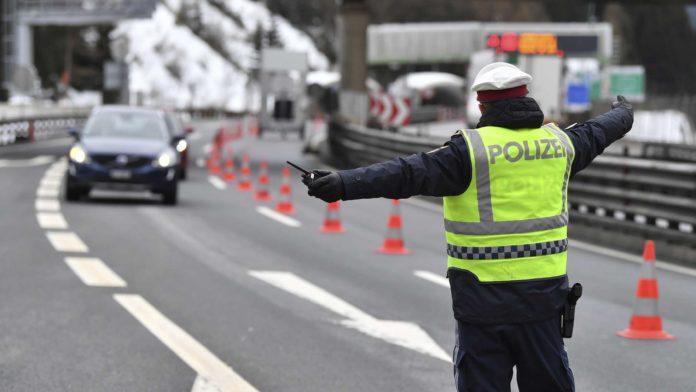 chiusura delle frontiere austriache